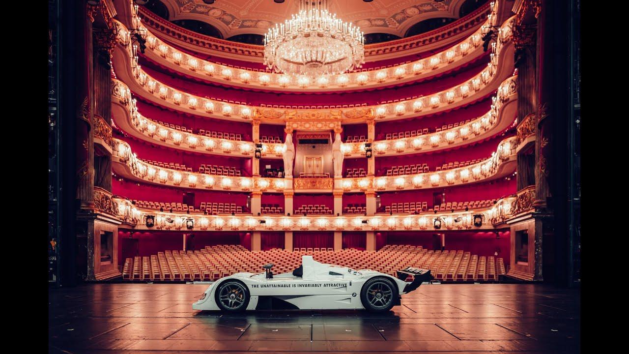 A racing masterpiece, where it really belongs. The BMW Art Car V12 LMR Jenny Holzer.