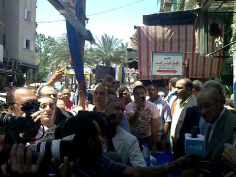 عمرو موسى فى غيط العنب بالأسكندرية