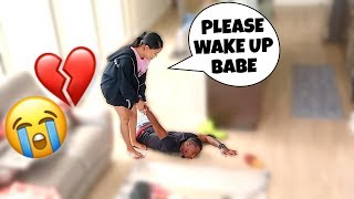 NOT WAKING UP PRANK ON PREGNANT GIRLFRIEND!