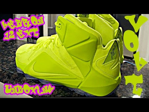 buy online 25534 1b4f0 Lebron James 12 EXT Tennis Ball Volt/Black Unboxing NIKE