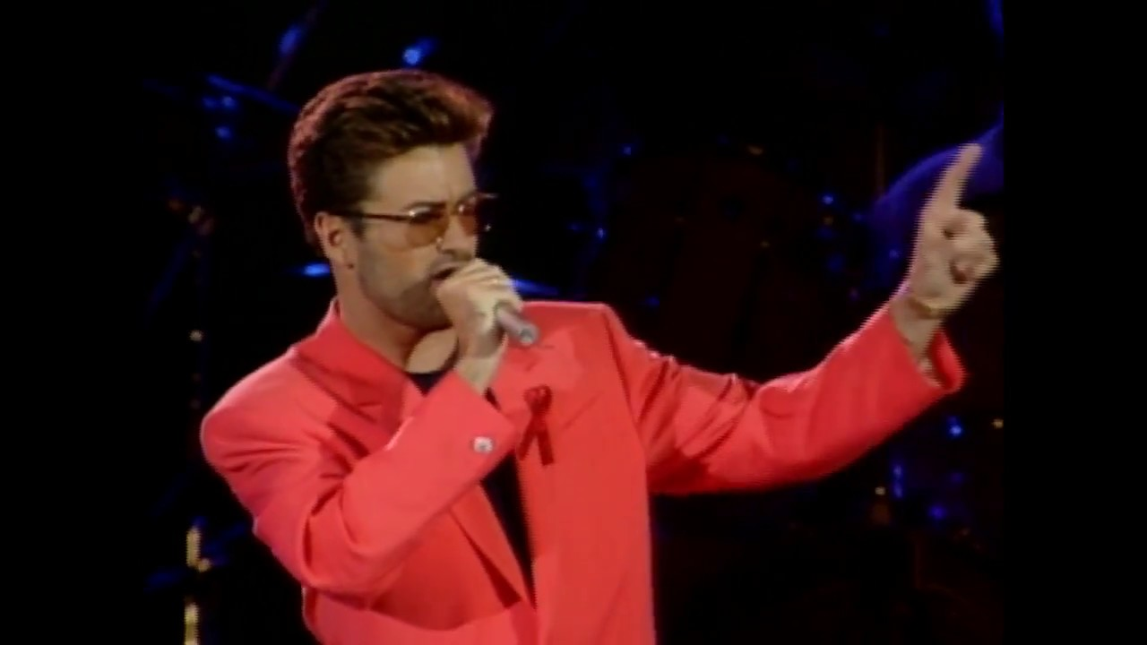 Queen + George Michael - Somebody To Love (different camera angle)