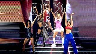 Momento emitido el martes 29 de octubre de 2019 en Showmatch. Charlotte Caniggia levantó el telón con un homenaje a las Spice Girls, acompañada de ...