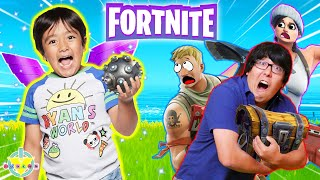 Ryan plays Fortnite wİth TITANS! Let's Play Fortnite Ryan vs Daddy