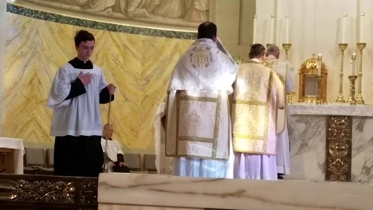 FSSPLA/LATIN MASS (Maundy Thursday/Washing of the Feet) St  John Chrysostom  Church, California