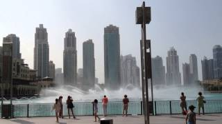 14.11 The Dubai Fountain day time 1