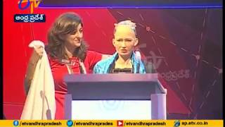 Humanoid Robot Sophia Speaks | At World IT Congress | Hyderabad ---...