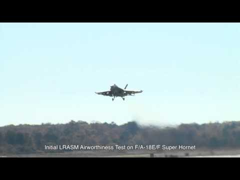 NAVAIR Clips: Initial LRASM Airworthiness Test on F/A-18E/F Super Hornet