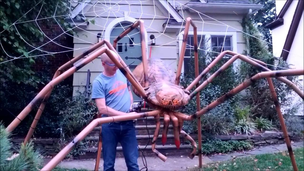 giant halloween spider youtube. Black Bedroom Furniture Sets. Home Design Ideas