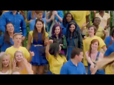Chanson: Be Our Guest | Descendants | Disney Channel BE