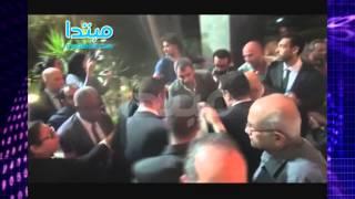 فيديو  لحظة إغماء شقيق سامى العدل فى عزائه