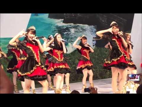 JKT48 - Gingham Check at GIIAS Surabaya (Grand City) [HD Fancam]
