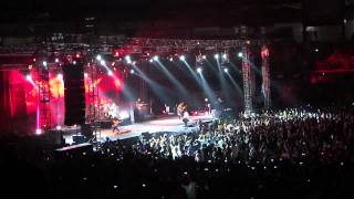 The Cranberries live in Malaysia (Stadium Negara) 2012 - Zombie