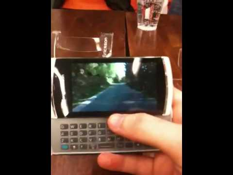 Sony Ericsson Vivaz pro hands on
