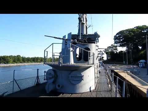 A Visit to the USS Silversides WWII Submarine