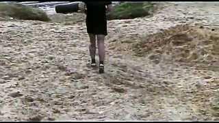 Персональная тренировка по кикбоксингу на природе. Часть 1(Тренировочная программа в этом видео. Короткая разминка: 0:40 Бег 02:22 Разогревающие упражнения: круговые..., 2015-03-12T17:42:09.000Z)
