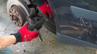 замена передних тормозных колодок Skoda Octavia Tour А4
