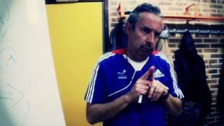 Coach José les Bleus dans les yeux