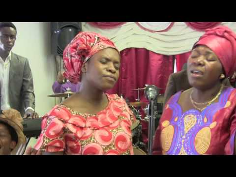 Bwana umeinuliwa kwenyi kiti cha enzi   Worship by Br  Alex and team