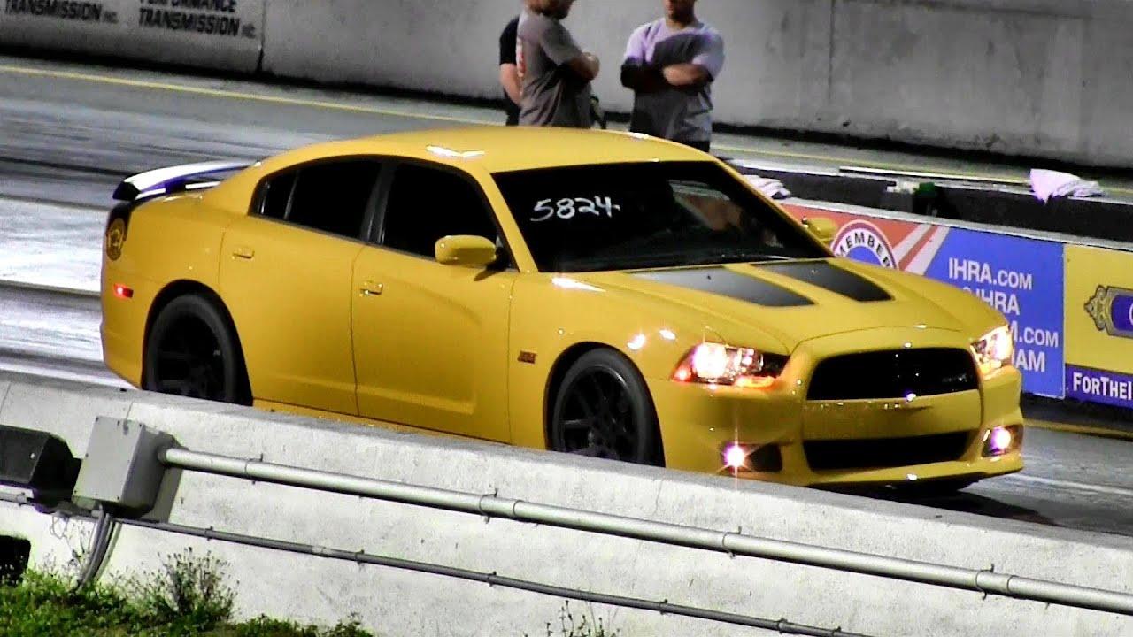 470 HP 6.4 Liter Dodge Charger SRT8 Super Bee - 1/4 mile Drag Race ...