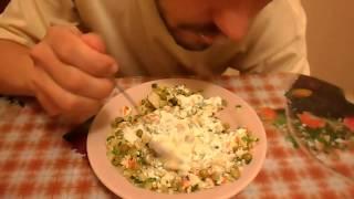 ОБЖОР овощной салат из кальмаров - Вкусно и Просто