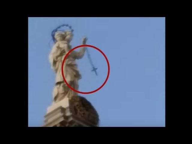 Miracolo a Pompei: il Rosario della Madonna tra le sue mani ha iniziato a dondolare INCREDIBILMENTE