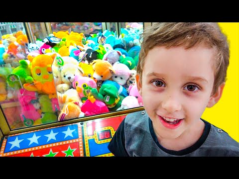 Maquina de Pelúcias e Jogos de BOLINHAS Infantil - Claw Machine Games kids Indoor Playground