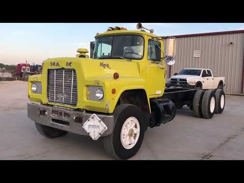 1987 MACK R688ST T/A CAB & CHASSIS E6 ENGINE