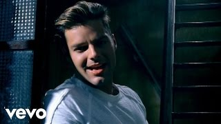 Watch Ricky Martin Tal Vez video