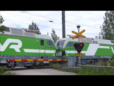 Mv11921 VR Vectron Sr3 3302 and 3304 on a test drive to Sköl