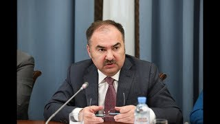 Антон Дроздов на круглом столе, посвященном изменению пенсионного законодательства