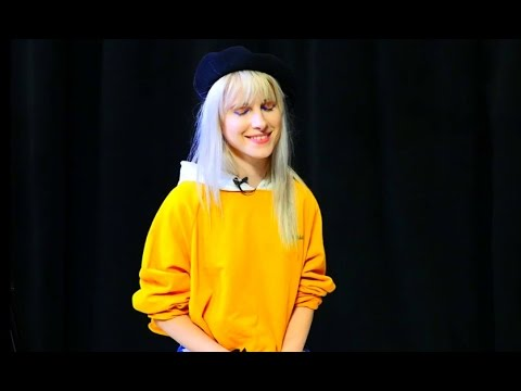 Hayley concede entrevista intimista ao Behind The Brand (Legendado)