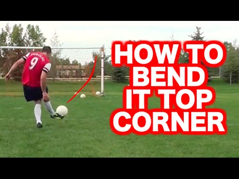 12a0b7b1a02 How to curve a soccer ball