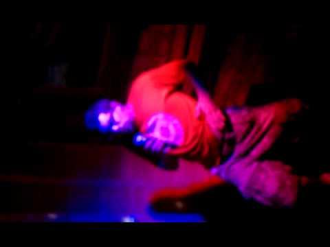 Aaron doing karaoke @ Trader Todd's_2