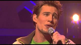 "Eric singing ""She Believes In Me"" by Ronan Keating - Liveshow 3 - Idols season 2"
