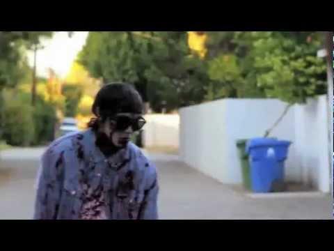 Bắn Zombie nhảy Gangnam Style đến bó tay