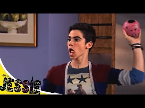 Джесси - Сезон 4 серия 09 - Права без вождения   Сериал Disney
