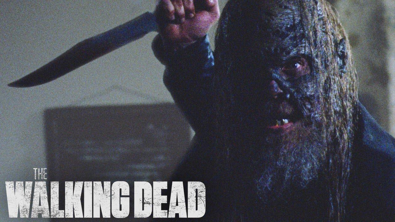 Download Beta Hunts Gamma | The Walking Dead Talked About Scene: Season 10, Episode 10
