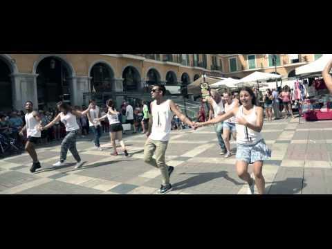 Grease, el musical: FLASHMOB Plaza Mayor de Palma
