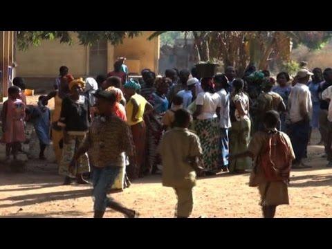 Ebola rumors cause panic in Guinean schools