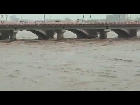 Morbi machhu 2 dam overflow with height 30ft