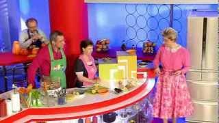 видео Девчата - Рецепт воздушного кекса с сухофруктами и цукатами
