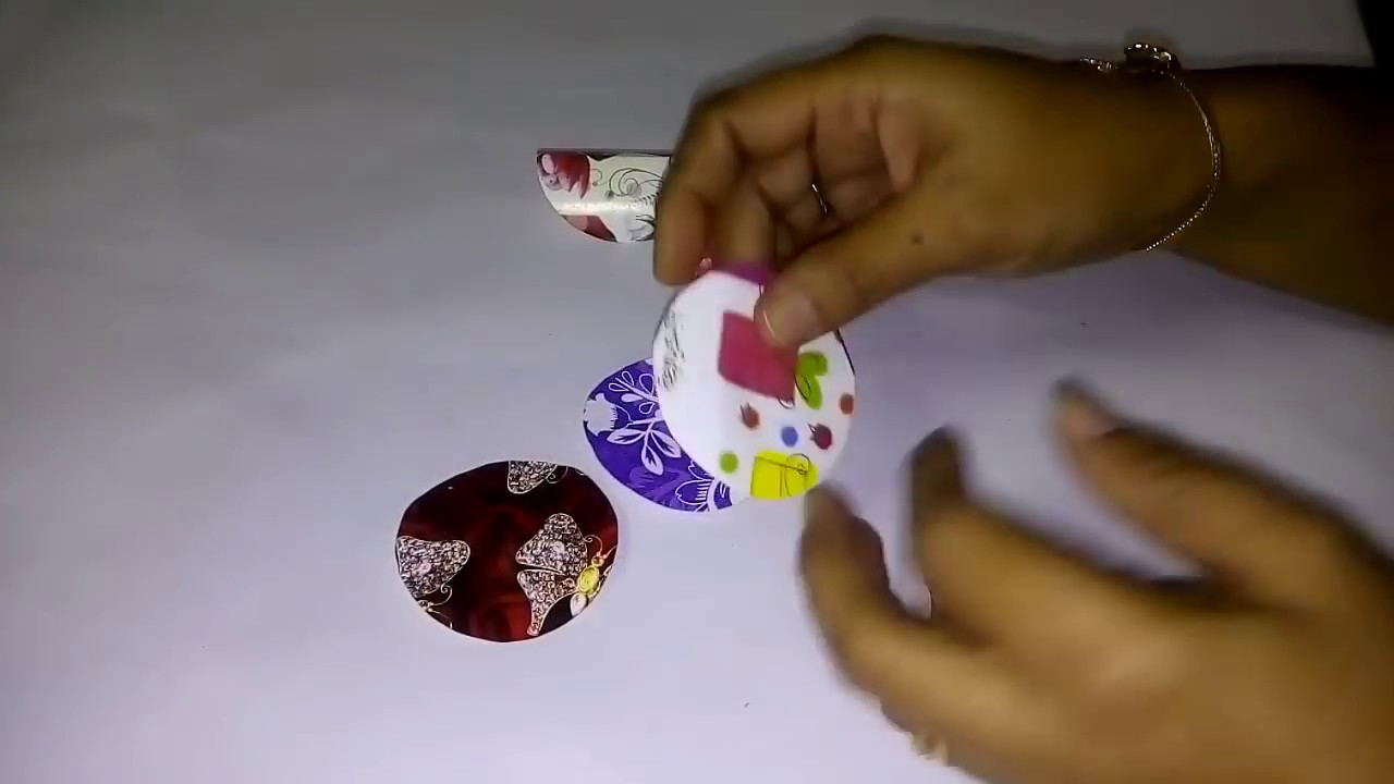 how to make christmas ornaments from paper easy christmas tree decorations idea diy - Easy Christmas Tree Decorations