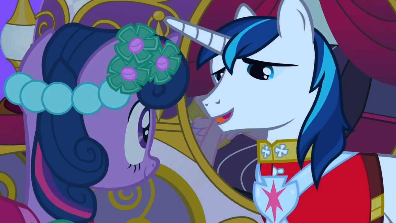 My Little Pony: Friendship is Magic - Love is in Bloom ...