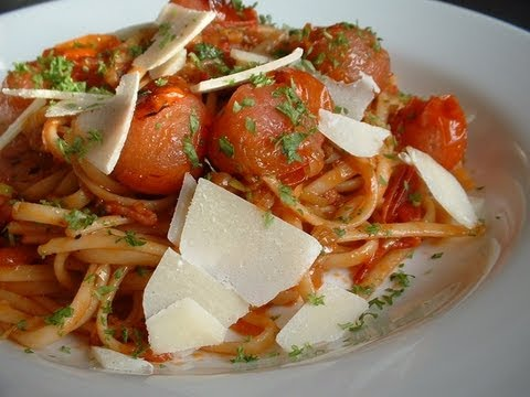 Linguine pasta recipe with tomato
