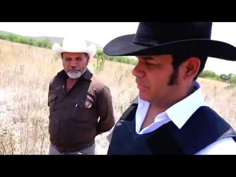 Marco Flores regresa a su rancho