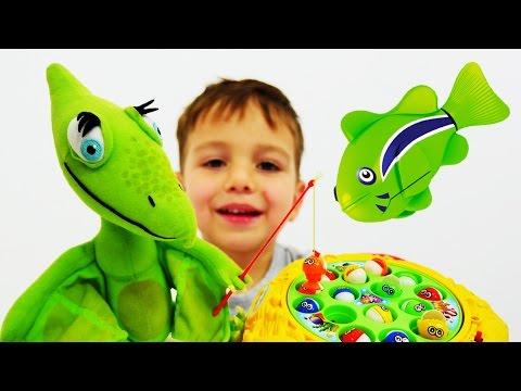 Игры для мальчиков: РЫБАЛКА и игры ДИНОЗАВРЫ. Поезд динозавров видео про динозавров