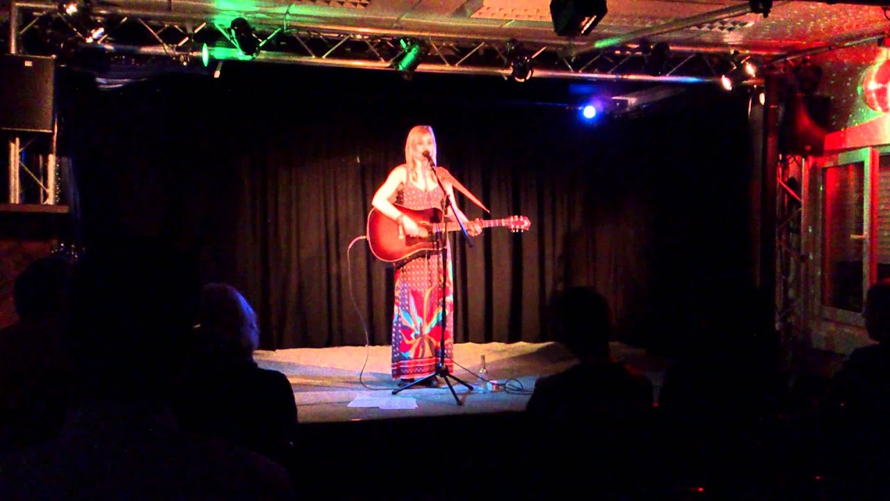 Download Sofia Talvik - Beautiful Naked (live)