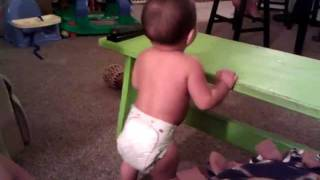 Baby Dancing to Maroon 5's Moves Like Jagger