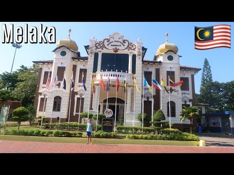 It's best with no tourists | Melaka, Malaysia travel vlog