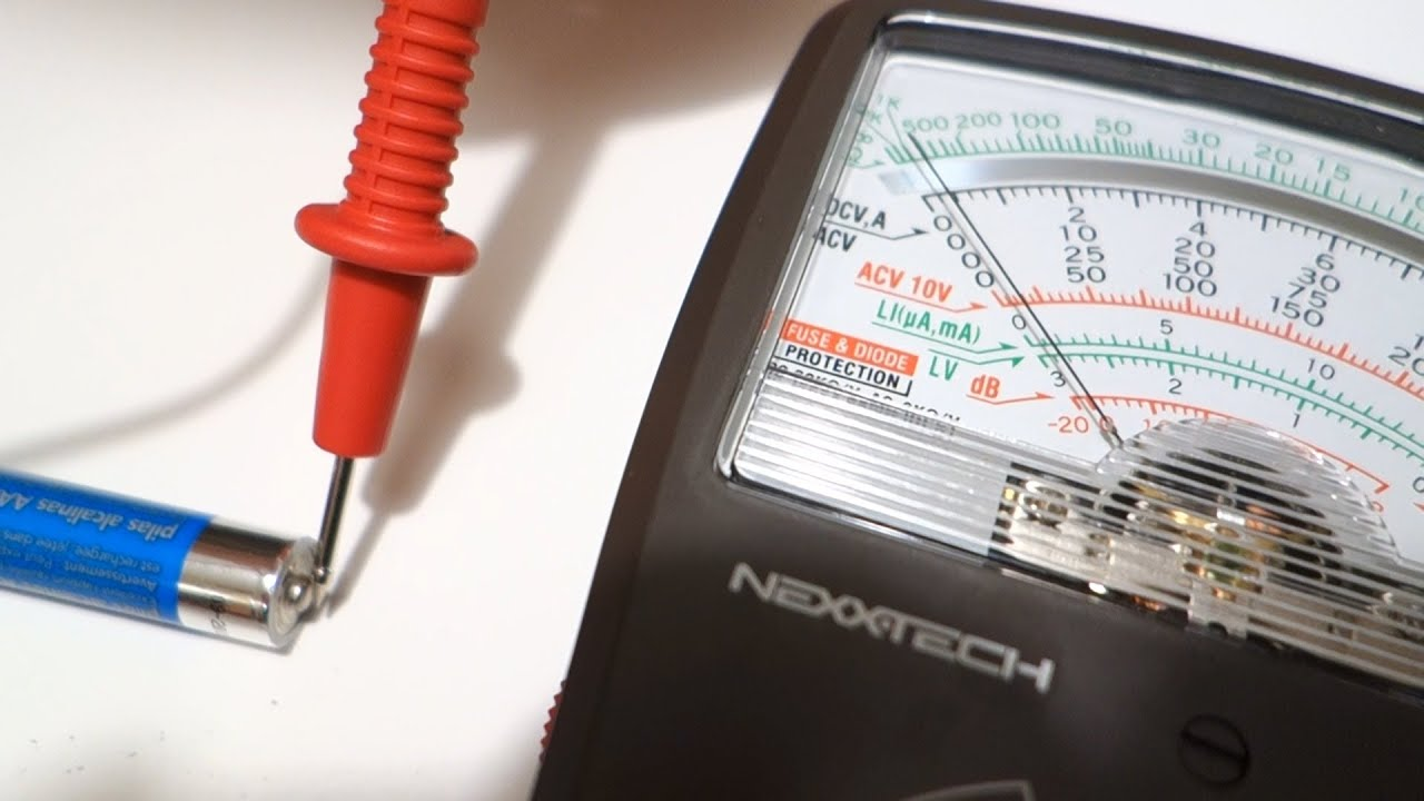 how to test your batteries aa or aaa batteries using a multimeter by geoffmobile youtube. Black Bedroom Furniture Sets. Home Design Ideas